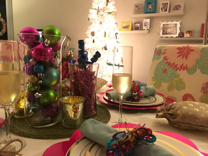 holiday table, holiday tablescape, christmas table, holiday table, christmas decorations, holiday decorating, white christmas tree, colorful christmas, sarah in style, chicago blogger, holiday dining, holiday decor, lifestyle blogger, #wcbcstyle, a peak at my table
