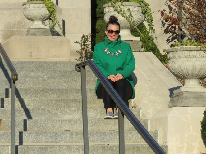 green with envy, sarah in style, chicago, fashion blogger, jacket, pop of color