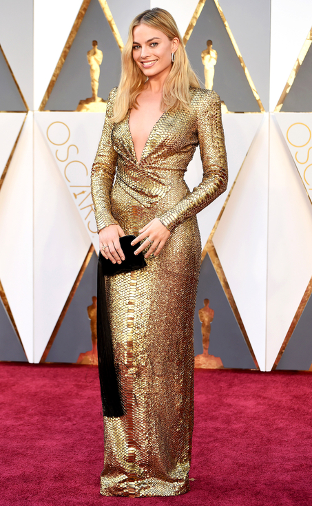 margot robbie, tom ford,  sarah in style, top 5