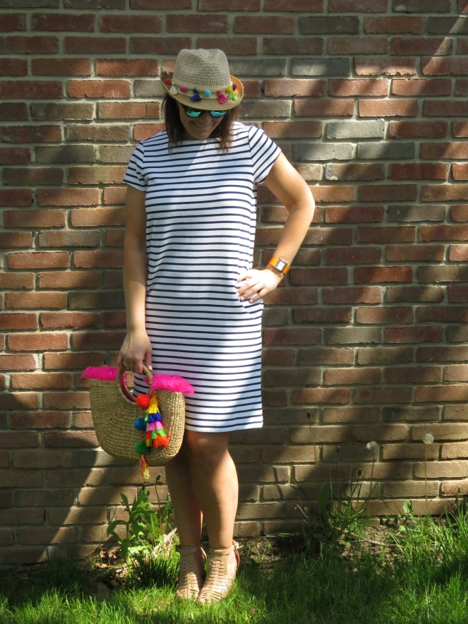 european vacation, striped dress, 1 dress 3 ways, sarah in style, sporty, chicago blogger, windy city bloggers