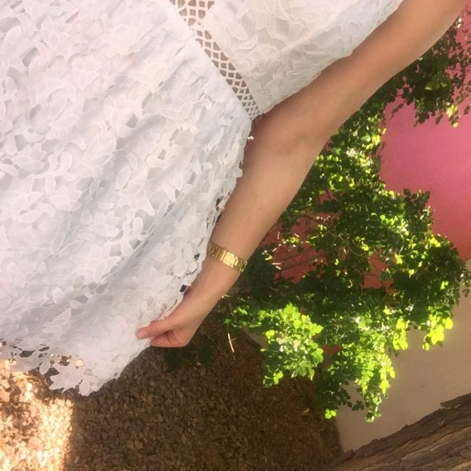 white dress, lace, it's all in the details, sarah in style, windy city bloggers, fashion blogger, the saguaro, dejavu
