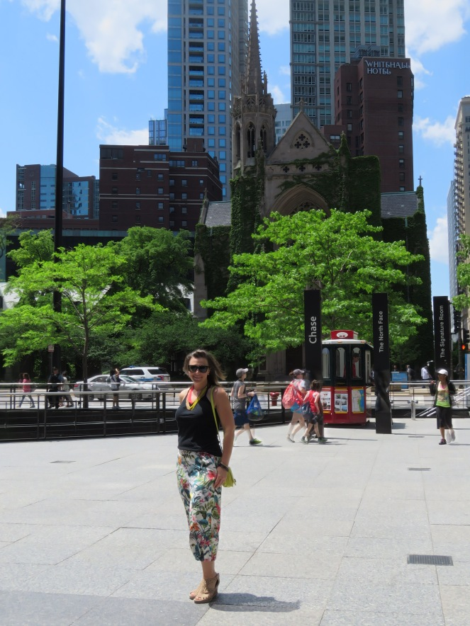 this city is a jungle, jungle, sarah in style, windy city bloggers, sarahinstyle.com, tropical pants