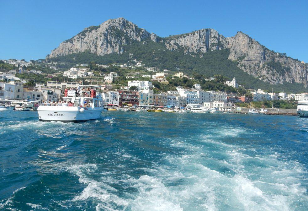 Capri, Italy, European Adventure, Sarah In Style, sarahinstyle.com, travel blogger, chicago blogger, travel, Europe, windy city bloggers, beach, Mediterranean sea, amalfi coast