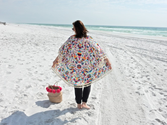 Judith March, fringe top, caftan, beach ensemble, summer style, Destin, Florida, emerald coast, beach style, sarahinstyle.com, sarah in style, sarah meyer, fringe beach bag, pom pom bag, Hobby Lobby, gold chunky sandals