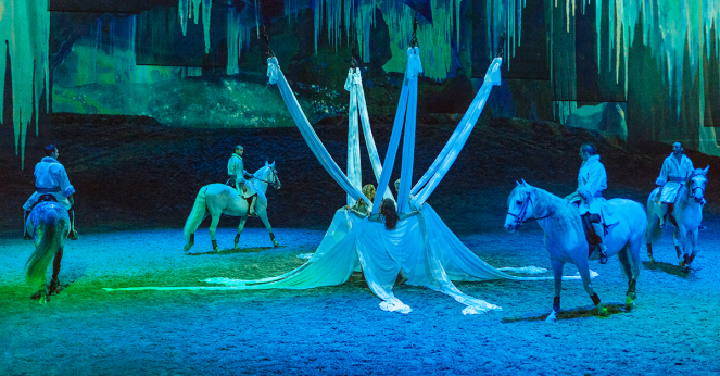 Cavalia Odysseo, Cavalia, Odysseo, cirque du soleil, acrobats, aerialists, Chicago shows, horses, horse show, Chicago events, what to do in Chicago, Sarah In Stye, sarahinstyle.com, Sarah Meyer, fantastic show, touring, Montreal