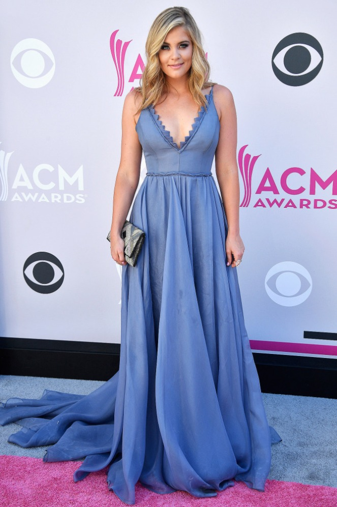 ACM's, ACM, academy of country music, academy of country music awards, country music awards, country music, red carpet, red carpet style, celebrity style, Sarah In STyle, Sarahinstyle.com, Las Vegas Awards Show, Pink Carpet, Lauren Alaina