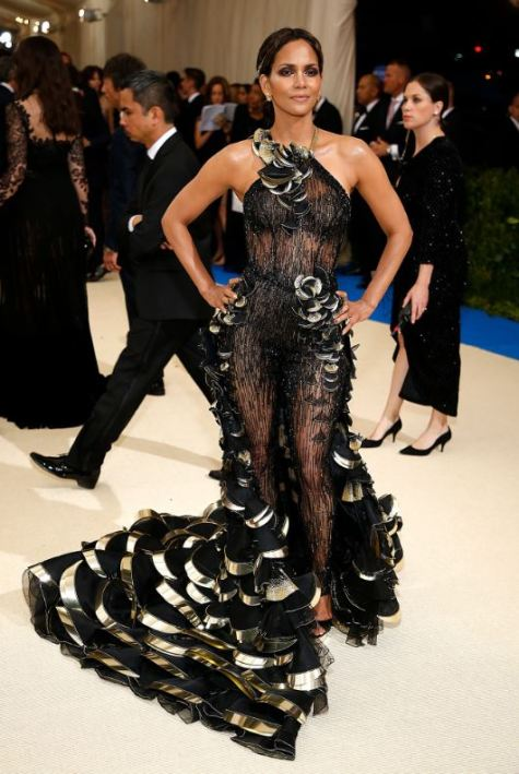 Met Gala, Black Dress, Halle Berry in Atelier Versace