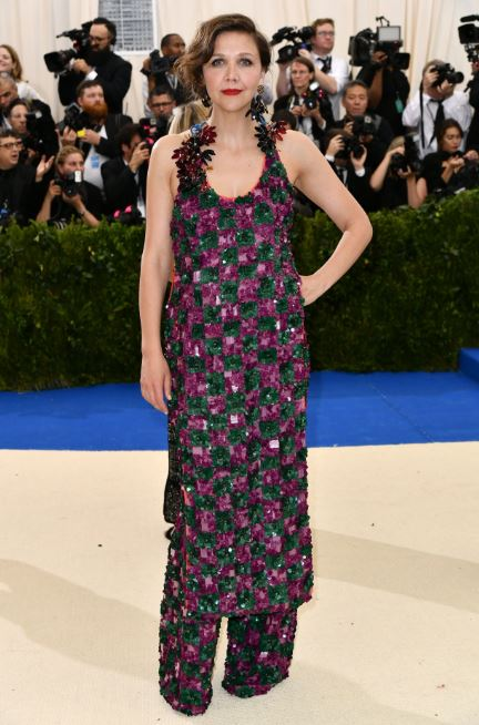 Maggie Gyllenhaal in Marni, Met Gala, Rei Kawakubo, Commes des Garcons, The Met, red carpet fashion, celebrity fashion, Met Gala, fashion's biggest night, Chanel