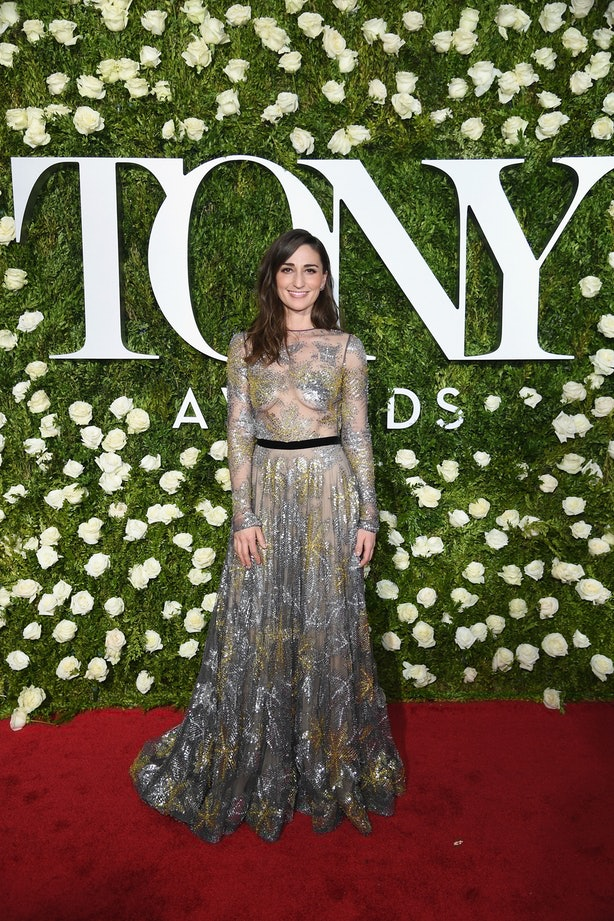 Sara Bareilles, Naeem Khan, Tony Awards, Red Carpet, Star Style, Evening Looks, celebrity fashion, Michael Kors Collection, Scarlett Johnasson, Allison Janney, Sarah Paulson, Broadway, Theater, Neon Lights, Great White Way