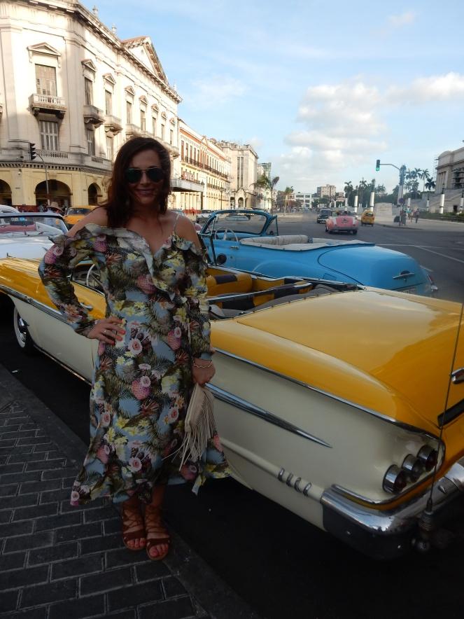 fringe cross body bag, h&m wrap dress, h&m pineapple dress, Cuba, Havana, Cuban Style, Cuban Flair, sarah in style, sarah meyer, sarahinstyle.com, windy city bloggers, fashion blogger, style blogger, travel recommendations, travel ideas, cuba travel, travel blogger, travel blog, how to dress in cuba, H&M, stylefile, party dress, ruffled dress, tropical dress, peek-a-boo shoulder, cold shoulder