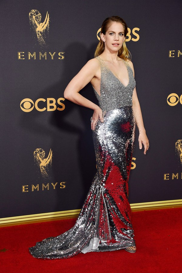 Emmy Awards, Emmys, Emmys Red Carpet, Emmys 2017, Celebrity Style, Celeb Best Dressed, Emmys Red Crapet 2017, Sarah In Style, Awards Season, Celeb Fashion, Sarah Meyer, Anna Chlumsky, My Girl Star, Sachin and Babi