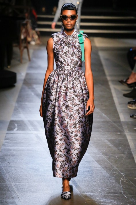 Erdem, Nina Tiari, Alice + olivia, alice and olivia, fashion week, NYFW, new york fashion week, runway shows, runway style, best of fashion week, NYC street style, best of nyc style, best of nyc fashion, ardem, Naeem Khan, Jenny Packham, Grace Constantine, Best dressed, spring fashion, sarahinstyle.com, Sarah Meyer