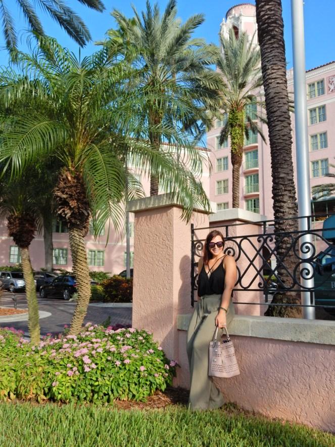 Vivian Black Bodysuit, Black Bodysuit, Bodysuit, Tobi, High Waist Pants, High Wasited Pants, Marine Layer, Ivy Pant, Worn Olive, Nectar Sunglasses, Nectar, Hula Sunglasses, Nectar Hula, Sarah In Style, The Vinoy Marriott St. Petersburg, Marriott Florida, Best High wasited pants, fashion blog, fashion blogger