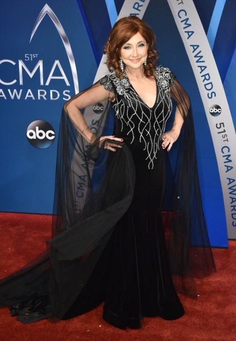 Pam Tillis, Best Dressed Veteran, Country Music Veteran, Lee Brice, Sara Reevely, Best Dressed Couple, Bridgestone Arena , Nasheville, Country Music, Red Carpet, Best Dressed, Celebrity Fashion, Celebrity Style, CMA, CMA's, Country Music Awards, Country fashion, red white and blue, glitz and glam, Sarah In Style, sarahinstyle.com, countrys biggest night