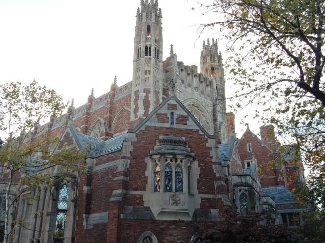 Yale, Yale University, Handsome Dan, Yale Bulldogs, Memorial Rotunda, Vietnam Veterans Memorial, Maya Lin, old buildings, new haven, connecticut, east coast, ivy league, sarahinstyle, sarahinstyle.com, yale facts, yale tour