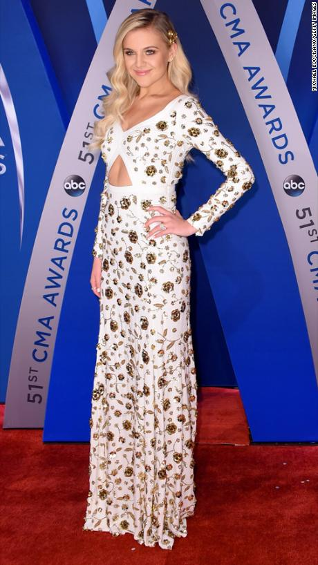 Kelsea Ballerini, Michael Kors, Bridgestone Arena , Nasheville, Country Music, Red Carpet, Best Dressed, Celebrity Fashion, Celebrity Style, CMA, CMA's, Country Music Awards, Country fashion, red white and blue, glitz and glam, Sarah In Style, sarahinstyle.com, countrys biggest night