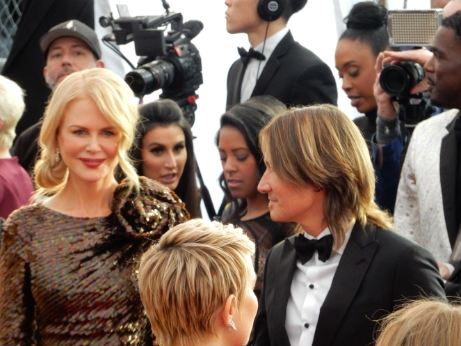 fashion blogger, style blogger, sarah in style, Sarah Meyer, SAG Awards, Screen Actors Guild, SAG Red Carpet, SAG Afterparty, SAG red carpet experience, SAG bleachers, Awards season, celebrity fashion, best dressed, E red carpet, People style, best of the SAG Awards, Nicole Kidman, Keith Urban