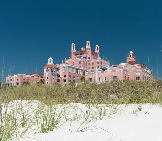pink palaces, pink hotels, don cesar hotel, beverly hills hotel, chippewa hotel mackinac, pink pony pub, the vinoy, la valencia, hotel nacional de cuba, breakers palm beach, colorful hotels, travel guide for pink hotels, travel guide, sarah in style, Sarah Meyer, travel blogger, travel blog, US hotel tips