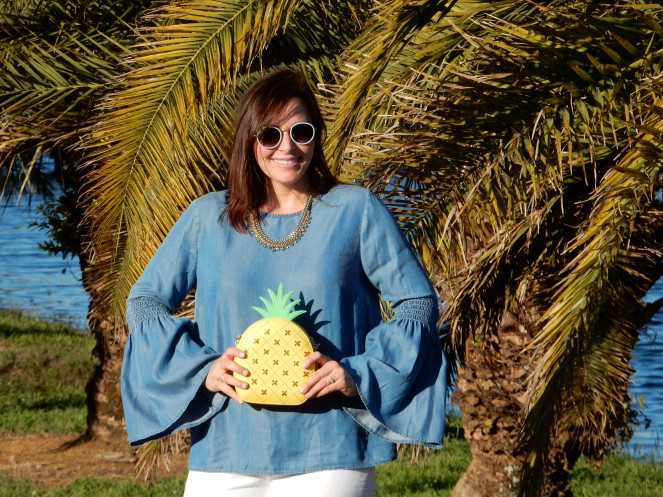 Spring Fashion Trends, Chambray Tops, Pineapple Purse, Kate Spade, Talbots Jeans, How to wear blue, Sarah In Style, Easy Packing Tips, What to wear this spring, Blue and White, closet staples, Sarah Meyer, Chicago Fashion Blogger, Fashion Blog