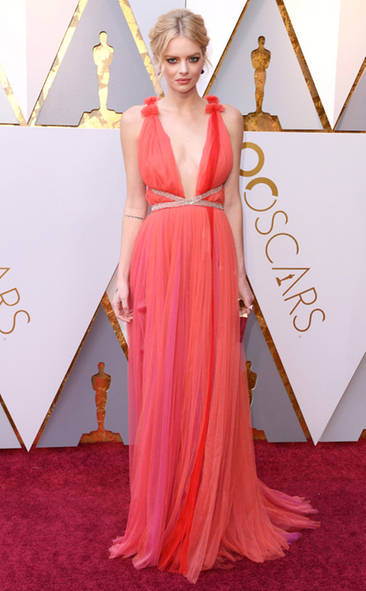 Samara Weaving, Academy Awards, Oscars, Oscars Best Dressed, Best Dressed, 2018 Red Carpet, Red Carpet Fashion, Celebrity Style, Celebrity Fashion. Top Looks of the night