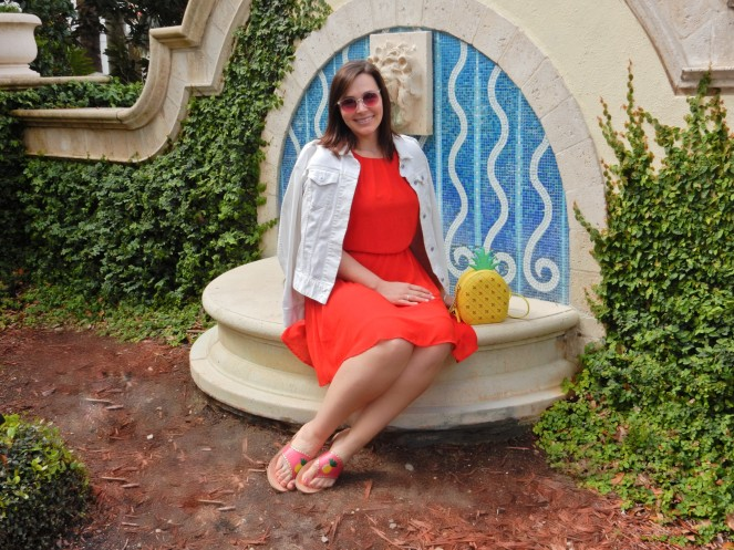 Lady in Red, dresses for cheap, fashion comfort zone, try new fashions, sarah in style, summer red dress, Sarah Meyer, Soft Surroundings, Jack Rogers sandals, Kate Spade pineapple purse, Omni Champions gate, red and pink together, Florida style, tropical fashion