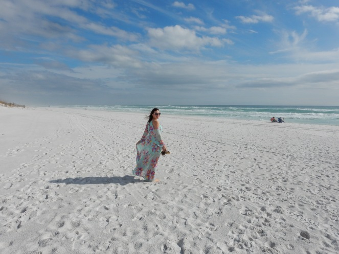Destin, Florida, boutique shopping, shopping tips, ideal dresses, flowy dress, Judith March, Deja Vu Florida, Deja Vu Seaside, Emerald Coast, Summer wardrobe staples, summer staples, summer 2018 fashion, sarah in style, Sarah Meyer, fashion blog, fashion blogger, what I wore, beach fashion