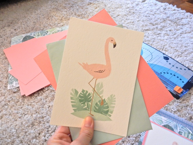 Fluff Your Feathers, Ready to Flamingle, Flamingo Inspiration, Flamingos, Flamingo Art, Flamingo Decor, Flamingo Decorations, Tropical Decor, Tropical Decorations, DIY Art, DIY projects, DIY framing, card art, Sarah Meyer, Sarah In Style, Palm Print art