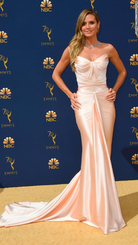 Heidi Klum, ZAc Posen, Emmy Awards, Emmy Awards 2018, Celeb Style, Celebrity Style, Celebrity Fashion, Red Carpet Fashion, Red Carpet, #redcarpet, best dressed, best dressed celebs. fashion awards, Sarah In Style, Sarah Meyer