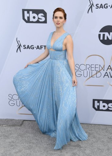 Elizabeth McLaughlin, SAG AWARDS, SAG Awards Best Dressed, Screen Actors Guild, Screen Actors Guild Awards, Best Dressed 2019, Red Carpet, Red Carpet Fashion, Celebrity Best Dressed, Celebrity Fashion, Awards Season, What they Wore, On the red carpet, Celebrity style, Sarah In Style, Sarah Meyer, Celebrity looks, awards show fashion