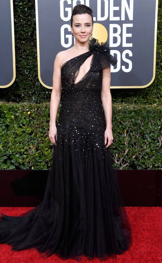 Linda Cardellini, Golden Globes, Globes 2019, Golden Globes Best Dressed, Best Dressed 2019, Red Carpet, Red Carpet Fashion, Celebrity Best Dressed, Celebrity Fashion, Awards Season, What they Wore, On the red carpet, Celebrity style, Sarah In Style, Sarah Meyer, Celebrity looks, Beverly Hilton, awards show fashion