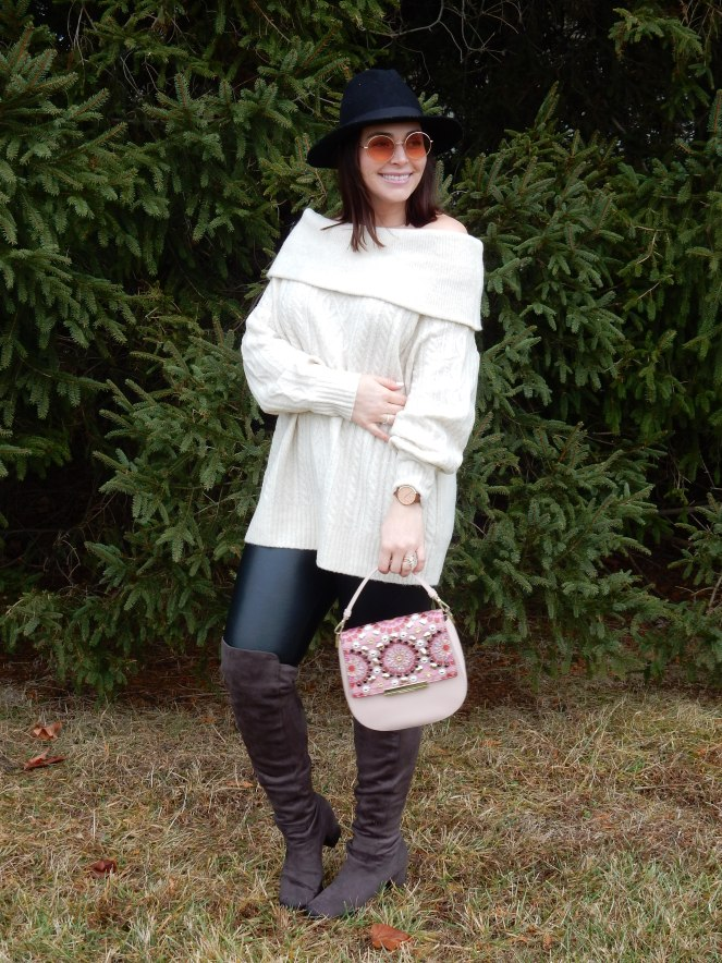 Cable Knit Sweater, off the shoulder sweaters, leather leggings, grey over the knee boots, black felt hat, kate spade pink purse, winter styling, winter fashion, what to wear this winter, sarah in style, sarah Meyer, sarahinstyle.com, winter fashions, trendy sweaters, winter trends, chicagogrammers, windy city bloggers, blogger fashion, blogger styling tips