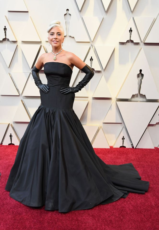 Lady Gaga, ALexander McQueen, 91st Academy Awards, Dolby Theater Hollywood, Oscars 2019, Academy Awards, Red Carpet, Oscars Red Carpet 2019, Best Dressed, Celebrity Fashion, On the red carpet, celebrity style, red carpet jewelry, most expensive jewelry at the oscars, most expensive jewelry at the academy awards, awards season best looks, Sarah In Style, Sarah Meyer, Kodak Theater, Roosevelt Hotel Los Angeles