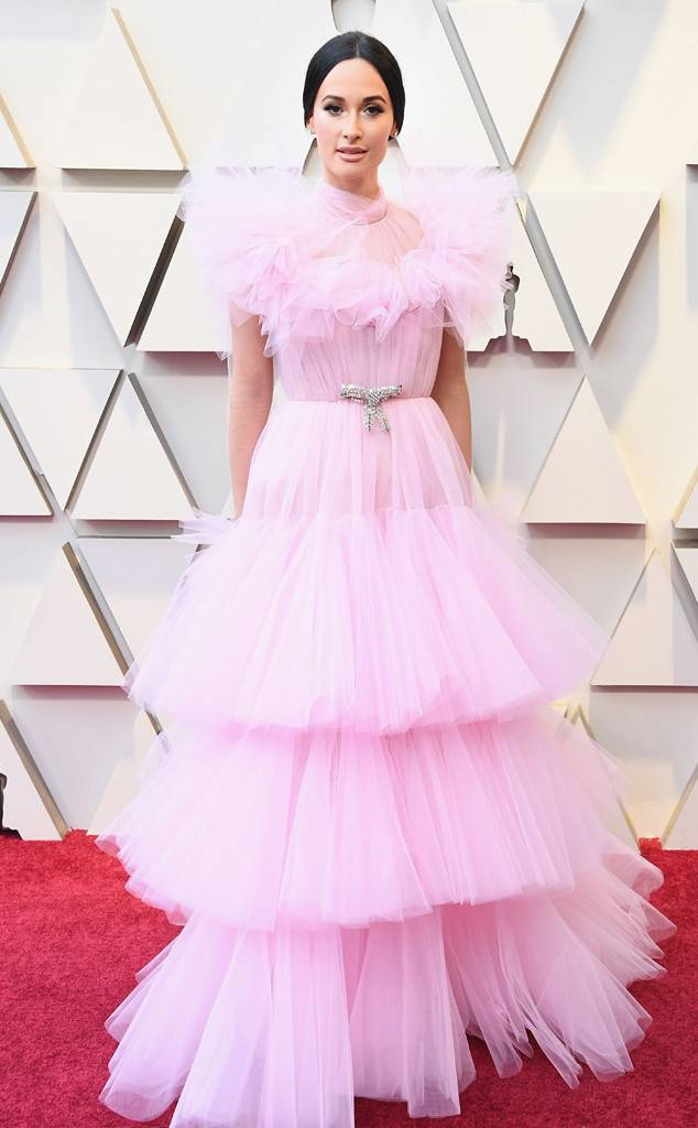 Kacey Musgraves,Giambattista Valli, 91st Academy Awards, Dolby Theater Hollywood, Oscars 2019, Academy Awards, Red Carpet, Oscars Red Carpet 2019, Best Dressed, Celebrity Fashion, On the red carpet, celebrity style, red carpet jewelry, most expensive jewelry at the oscars, most expensive jewelry at the academy awards, awards season best looks, Sarah In Style, Sarah Meyer, Kodak Theater, Roosevelt Hotel Los Angeles