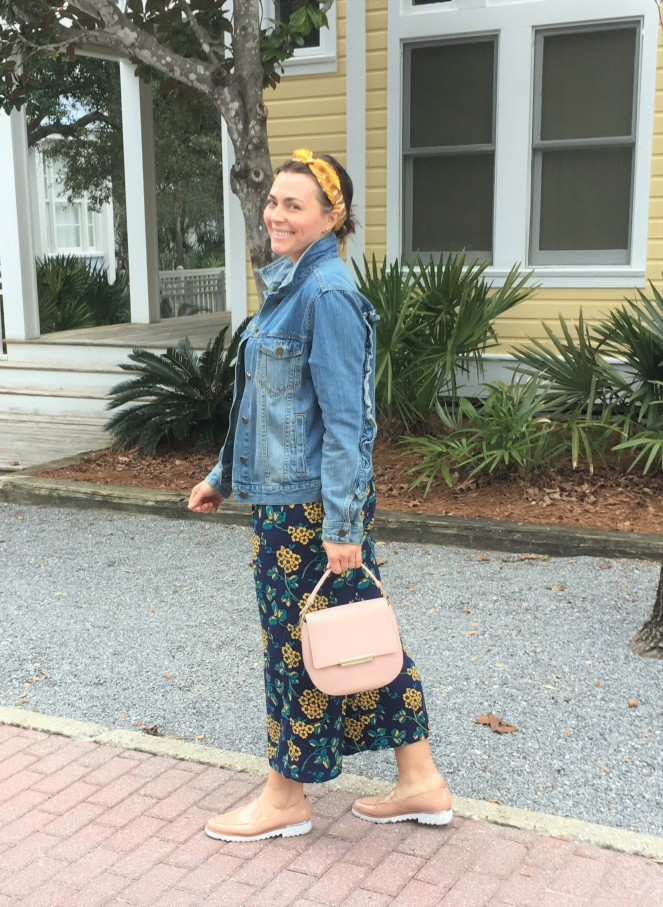 Yellow Fashion Accessories, Yellow Clothing, Yellow Pattern Pants, Nude Platform Shoes, Pink Kate Spade, Yellow Headband, J. Crew wide leg pants, who what wear denim jacket, ruffle denim jacket, Seaside FL, Highway 30A, yellow houses, Mixing patterns, how to wear yellow, Sarah Meyer, Spring 2019 Fashion, Blogger Fashion Inspiration, Fashion Tips, Sarah In Style