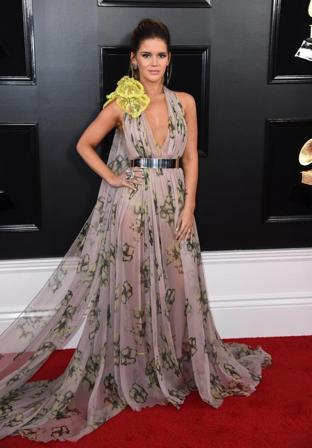 Best Dressed 2019, Red Carpet, Red Carpet Fashion, Celebrity Best Dressed, Celebrity Fashion, Awards Season, What they Wore, On the red carpet, Celebrity style, Sarah In Style, Sarah Meyer, Celebrity looks, awards show fashion, The Grammys, Grammy Awards, Grammy Red Carpet, Grammys 2019, Musics Biggest Night, Musics Best Night, Staples Center