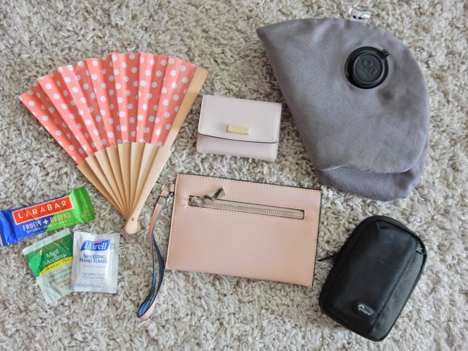 What's In My Bag, What's In My Purse, What's In My Travel Tote, Travel Essentials, Travel Tips, Carry On Bag Essentials, Travel Needs, Packing Tips, Travel made easy, packing made easy, what to carry on the plane, Plane essentials, Sarah In Style, Spartina Purse, What to pack, Sarah Meyer, travel blogger tips, HGTV Magazine