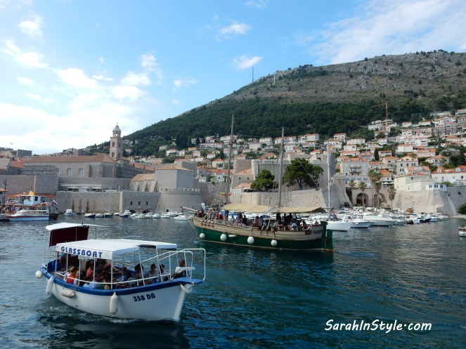 Croatia Travel Tips, Croatia Travel, Tips for traveling to Croatia, Where to go in Croatia, What to do in Croatia, Visiting Croatia, My Travel Journal, Travel Journals, Travel Tips, Travel Planning, Europe Travel Tips, Sarah Meyer, Sarah In Style, Blogger Travel Recommendations, Croatia Recommendations, Fodors travel tips, Frommers travel tips, Rick Steves Travel tips, Dubrovnik, Split Croatia, Hvar Island, Hvar Croatia, what to wear in Europe, packing for vacation, packing tips, what to wear on a European vacation, what to wear in Croatia, the best travel shoes, travel fashion, Diving into Dubrovnik, Exploring Dubrovnik, Dubrovnik Croatia, What to do in Dubrovnik, Where to eat in Dubrovnik, Where to stay in Dubrovnik