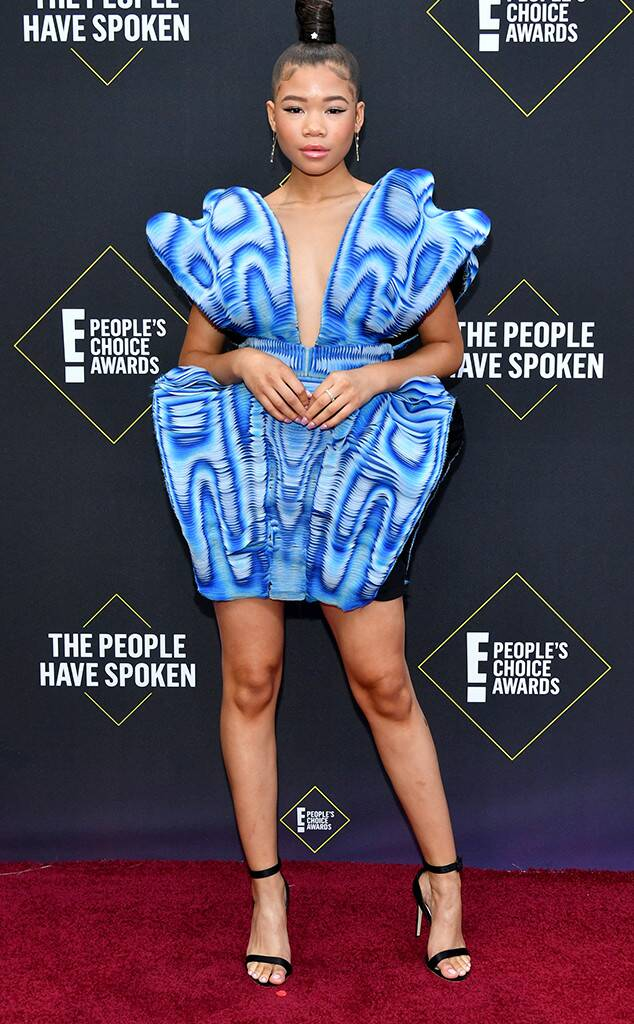 People's Choice Awards, People's Choice, People's Choice Awards 2019, who wore what, celeb style, celeb fashion, #peopleschoiceawards2019, #peopleschoiceawards,  Celebrity Style, Celebrity Fashion, Best Dressed, Best Dressed Celebrities, Awards Season Highlights, Sarah In Style, SarahInStyle.com, Sarah Meyer, beautiful gowns, awards shows
