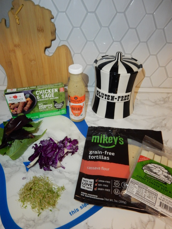 gluten free tortilla's, best gluten free products, grain free tortilla's, best grain free products, Mikey's tortillas, Eat Mikey's, gluten free pizza, gluten free pizza pockets, gluten free recipes, grain free recipes, grain free tacos, gluten free tacos, health food blogger, eat  healthy in 2021, Sarah In Style, Sarah Meyer, chicago food blogger, how to eat gluten free, how to eat grain free